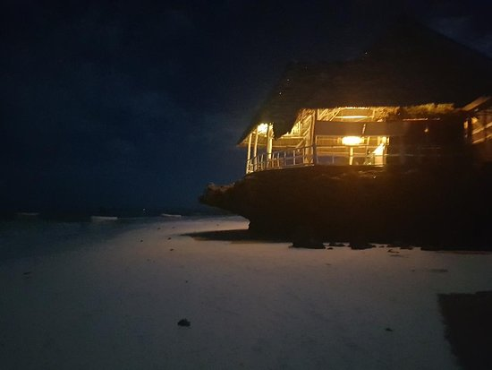 Istanbul Restaurant & Bar: vista dalla spiaggia