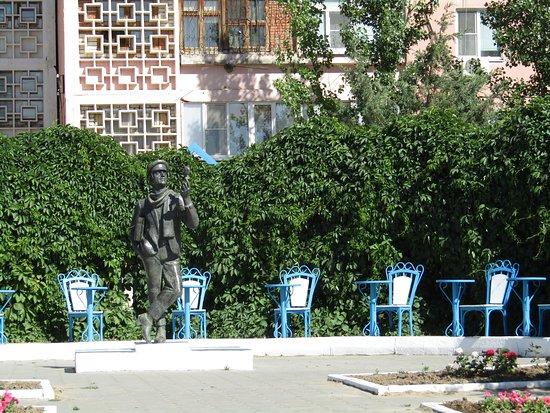Ostap Bender Monument