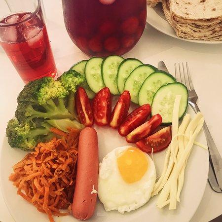 KaTun  Hostel: Breakfast