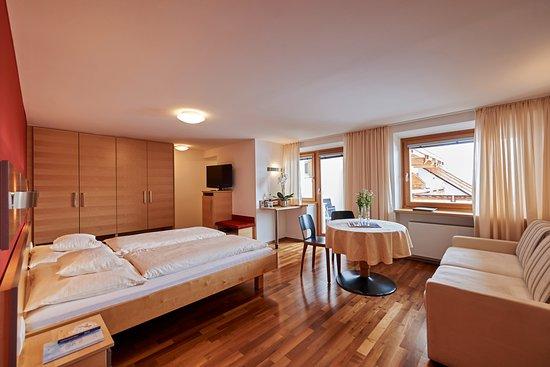 Hochsolden, Austria: Doppelzimmer Sonnenseite  /  Balkon
