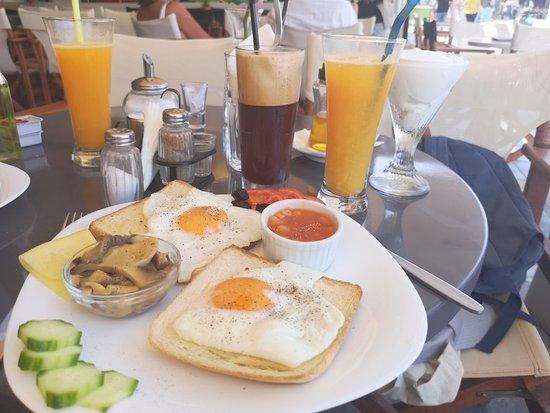 Galileo Cafe Foto