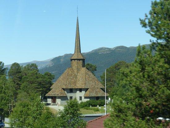 Frich's Kafeteria: l'église de Dombas
