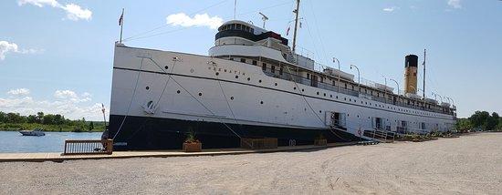The SS Keewatin照片
