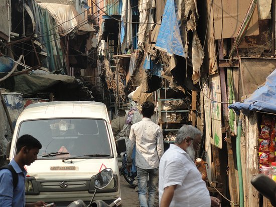 Young Tours and Travel: Slum tour 2018 with Kamlesh