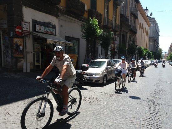I Rent Bike: Tour Nel Cuore di Napoli