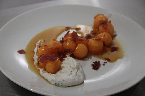Saint-Mathurin-sur-Loire, France: Billes de melon au caramel d'Aubance
