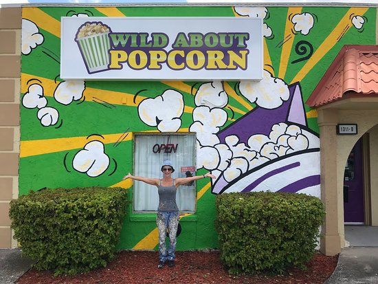 Cape Coral, Floryda: The mural on the front of our store!