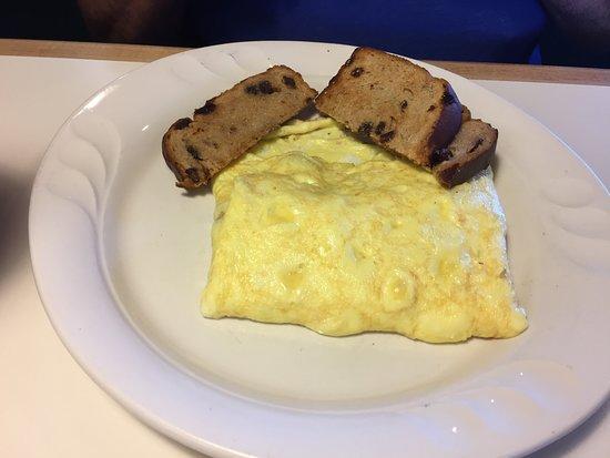 Laurel, DE: Meat lovers omelette