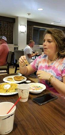 Hampton Inn Atlanta-Mall of Georgia: 65228_large.jpg