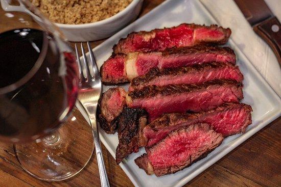 Meat Shop: Carnes Nobres assadas na brasa na hora