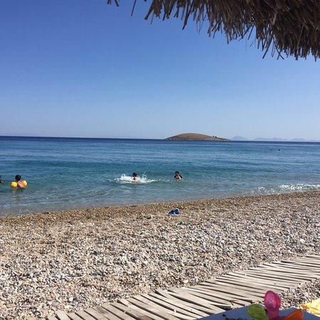 Mitos Plaji: Mitos Plajı