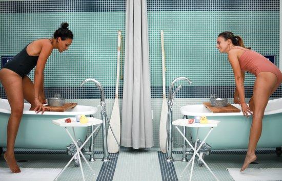 MoonAcre Spa: Splish Splash