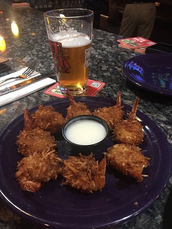 Dunmore, Пенсильвания: jumbo Coconut shrimp.