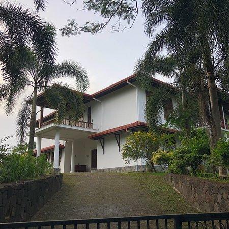 Niyagama House: photo1.jpg