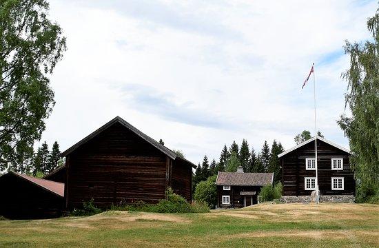 Eidsvoll Municipality, Norsko: Gammelt gardstun på museet