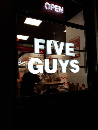 Five Guys: 20180708_022410_large.jpg