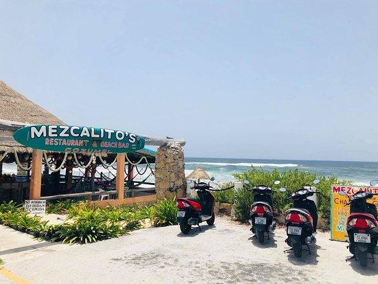 Mezcalitos Restaurant & Beach Bar Cozumel: Heck's angels