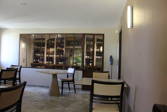 Le Mas des Aigras Restaurant: la cave