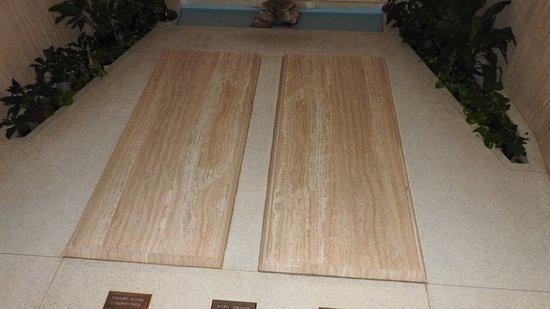 Abilene, KS : Dwight Eisenhauer Burial Site