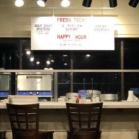 Water Street Oyster Bar and Sushi Bar照片