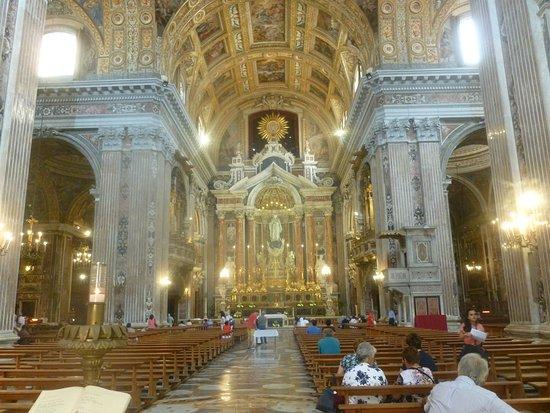 新耶稣教堂照片