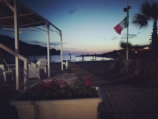 Sunset Beach Vulcano Eolie照片