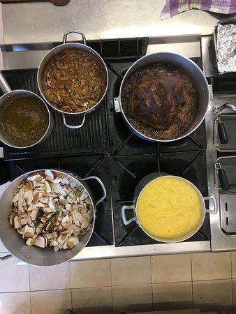 Vellano, Italien: Cucina a pieno regime