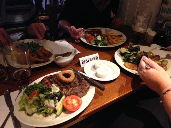 Brewers Fayre - The Honourable Pilot: Excellent Rib-Eye steak