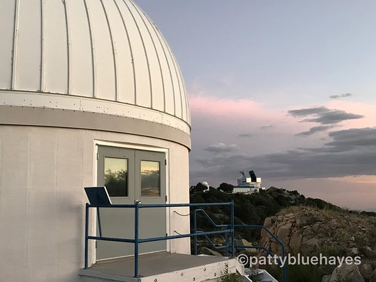 Sells, Аризона: 26 telescopes live on the peak