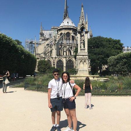 Skip the Line - Notre Dame Towers & Sainte-Chapelle Tour ภาพถ่าย