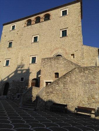 Gambatesa, Itália: Esterno del castello