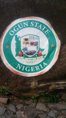 Abeokuta, Nigéria : Ogun state sticker on the Olumo Rock