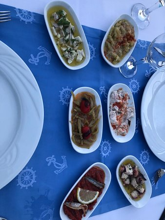 Xanadu Island: ''Special// Meal, Startes already on the table before we arrived left UNCOVERED!