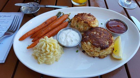 Chesapeake Inn Restaurant and Marina: 20180707_154415_large.jpg