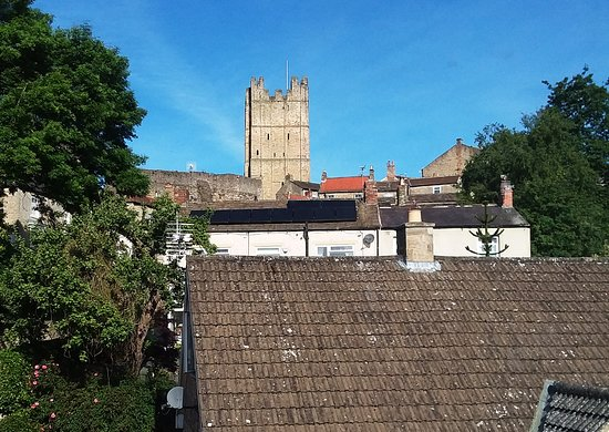 River View B & B: The keep of Richmond Castle as seen from our room.