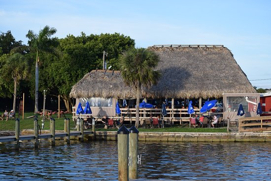 Osprey, FL: Spanish Point to have a drink and lunch!