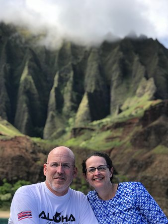 Na Pali Odyssey: Great photo ops on trip! And they are eager to take pictures for you.