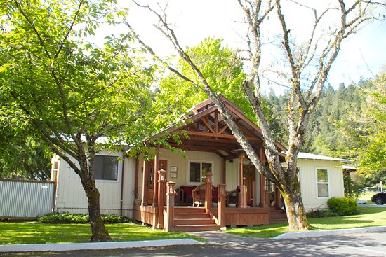 Coho Cottages Office
