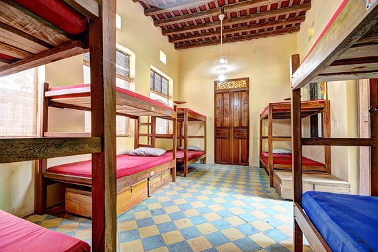 La Brisa Loca Hostel : Our ten-bed dorms is perfect for the minimalist backpacker.
