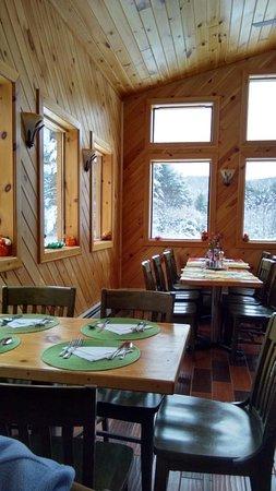 Elizabethtown, NY: The 'new' dining room