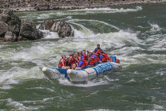Kumsheen Rafting Resort: A day on the river