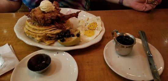 Tupelo Honey: Ribs & Breakfast