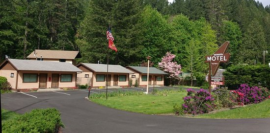 Idleyld Park, Орегон: These are the quaint cabins.