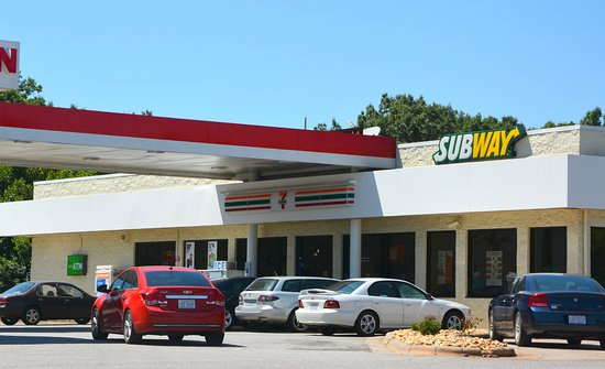 Union Grove, NC: Typical 7-Eleven