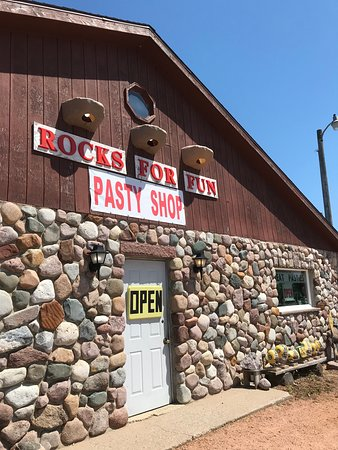 Tigerton, Висконсин: Rocks for Fun Cafe exterior