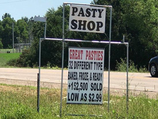 Tigerton, Висконсин: Rocks for Fun Cafe signage
