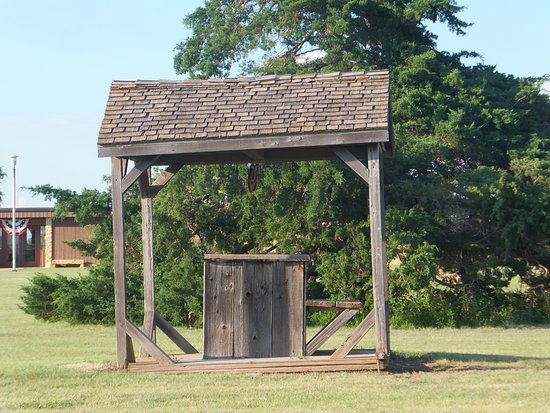 Fort Hays State Historic Site: The old historic well
