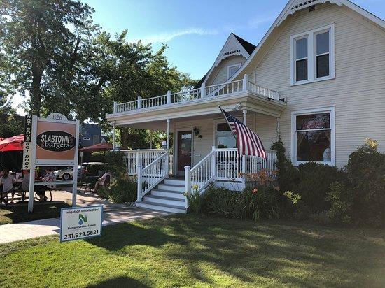 Slabtown Cafe and Burgers: slabtown