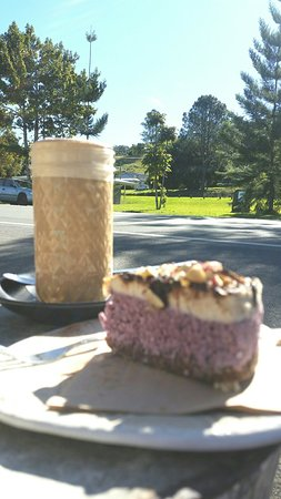 Burringbar, Australia: Fallen Leaf Espresso and Tea Bar