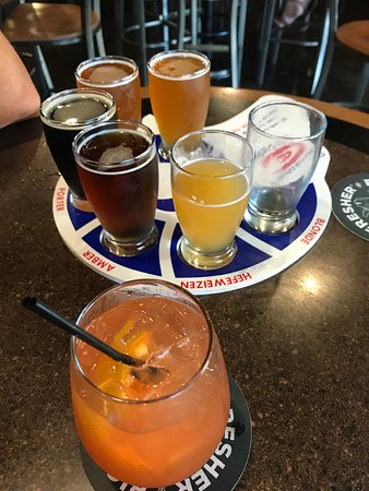 The Ram Restaurant & Brewery: Great flight and Sailor Jerry Sangria